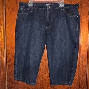 Style and company size 18 denim capris
